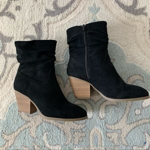 Universal Thread slouch booties